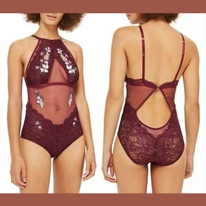 NWT Topshop Kate Embroidered Bodysuit SZ US 10